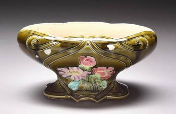 Barbra's Art Nouveau Majolica Jardinière